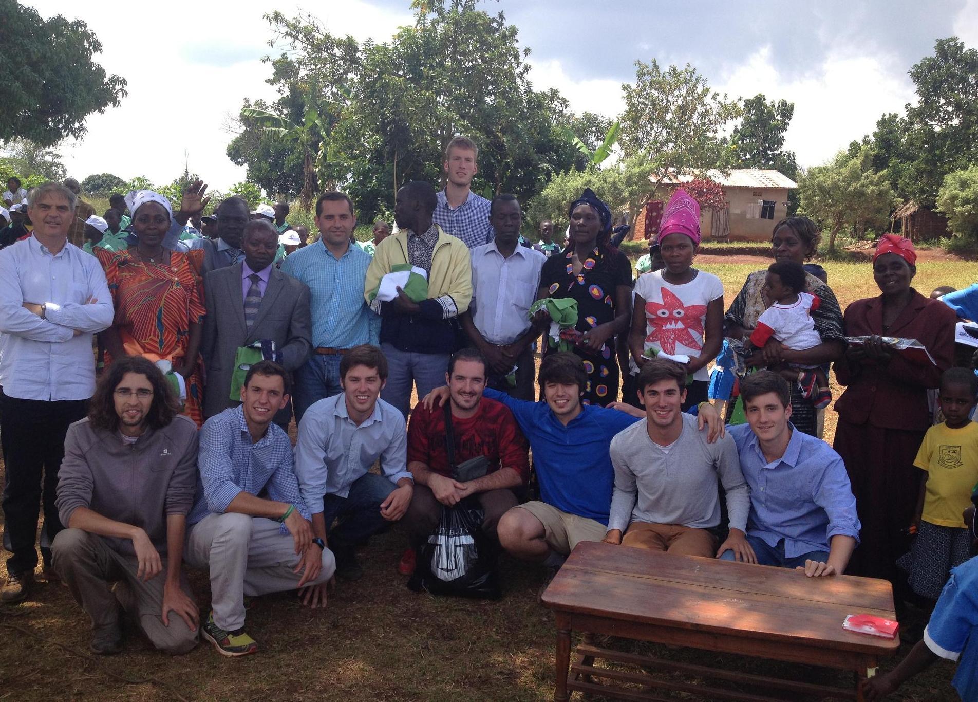 Finaliza el Campo de Trabajo de Uganda en el que participan residentes del Colegio Mayor