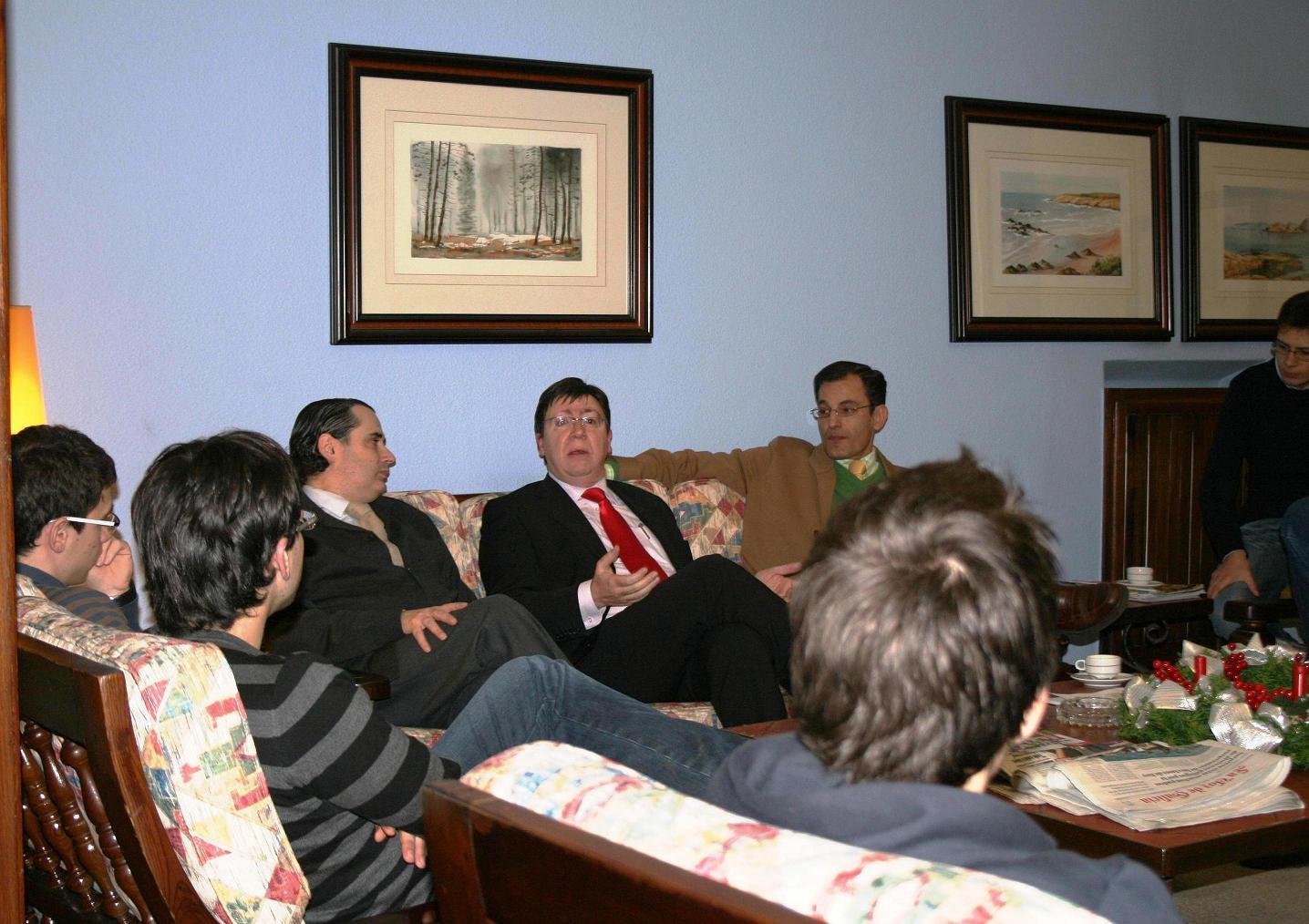 Visita Tertulia de Diego Calvo Delegado Provincial de A Coruña de la Xunta de Galicia