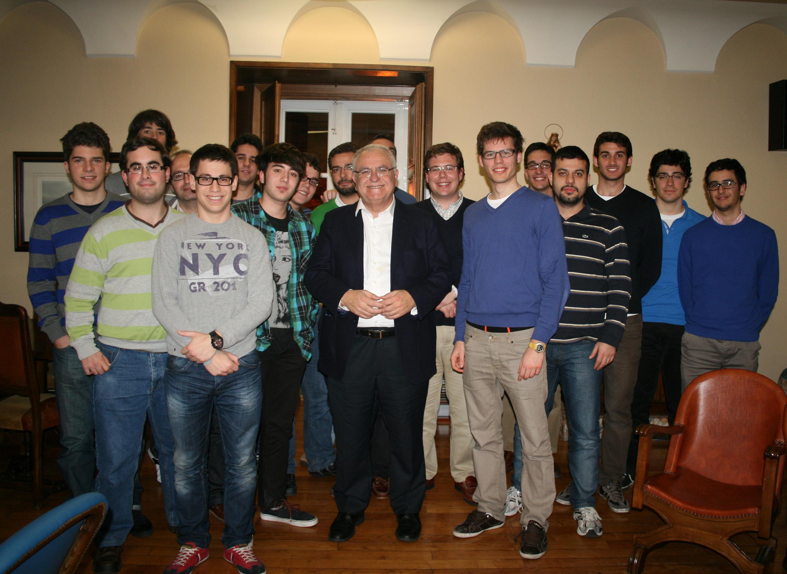 Cena Debate en el Colegio Mayor La Estila con Juan Cotino, Presidente de las Cortes Valencianas como protagonista