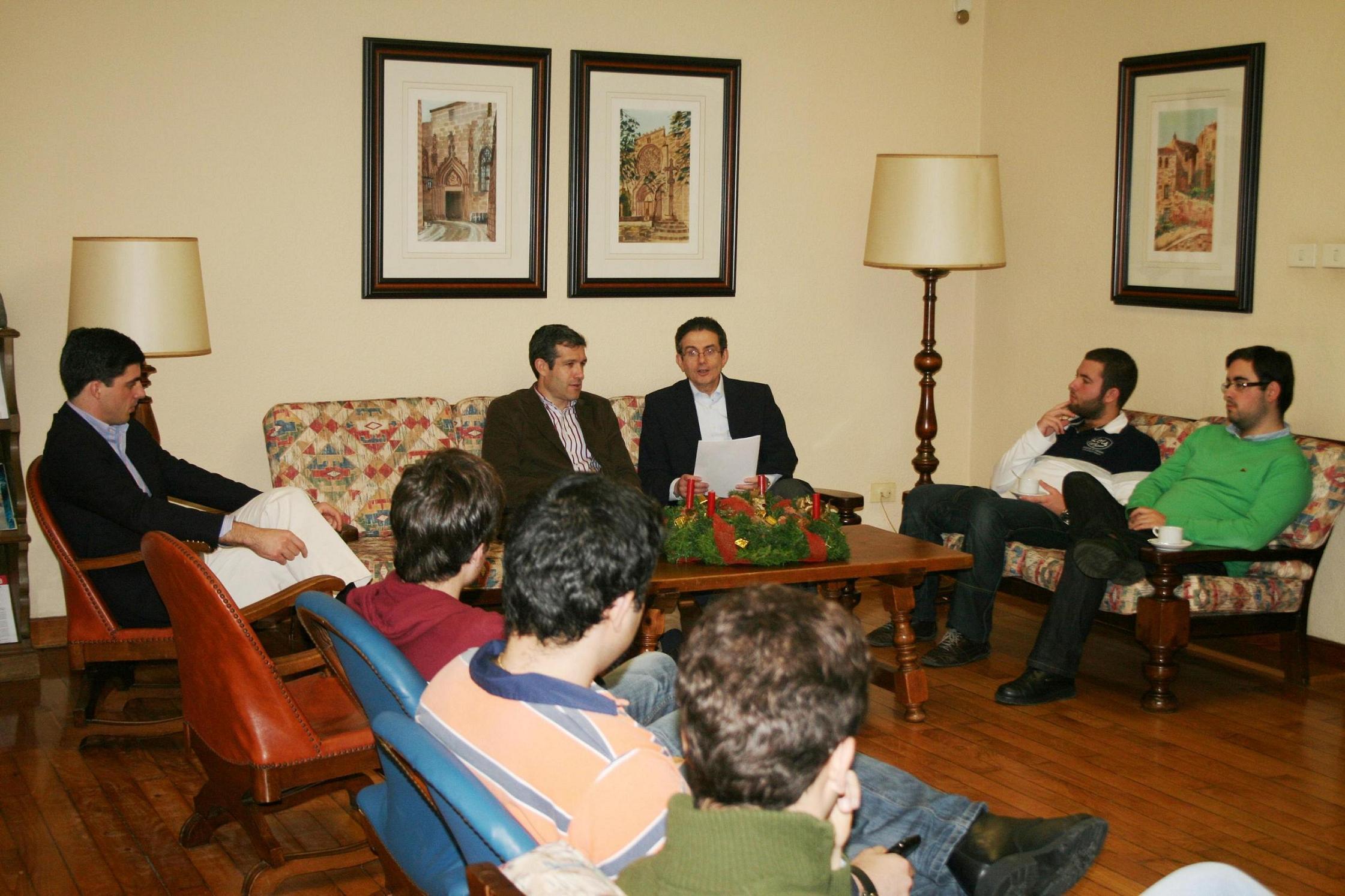 Tertulia con el periodista y Director del Centro Territorial de TVE en Galicia Rafael Cid