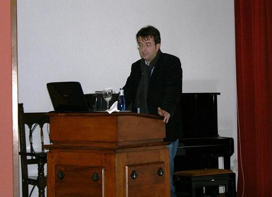 Tertulia de Manuel Fraga Iribarne, Ex–Presidente da Xunta de Galicia con Universitarios