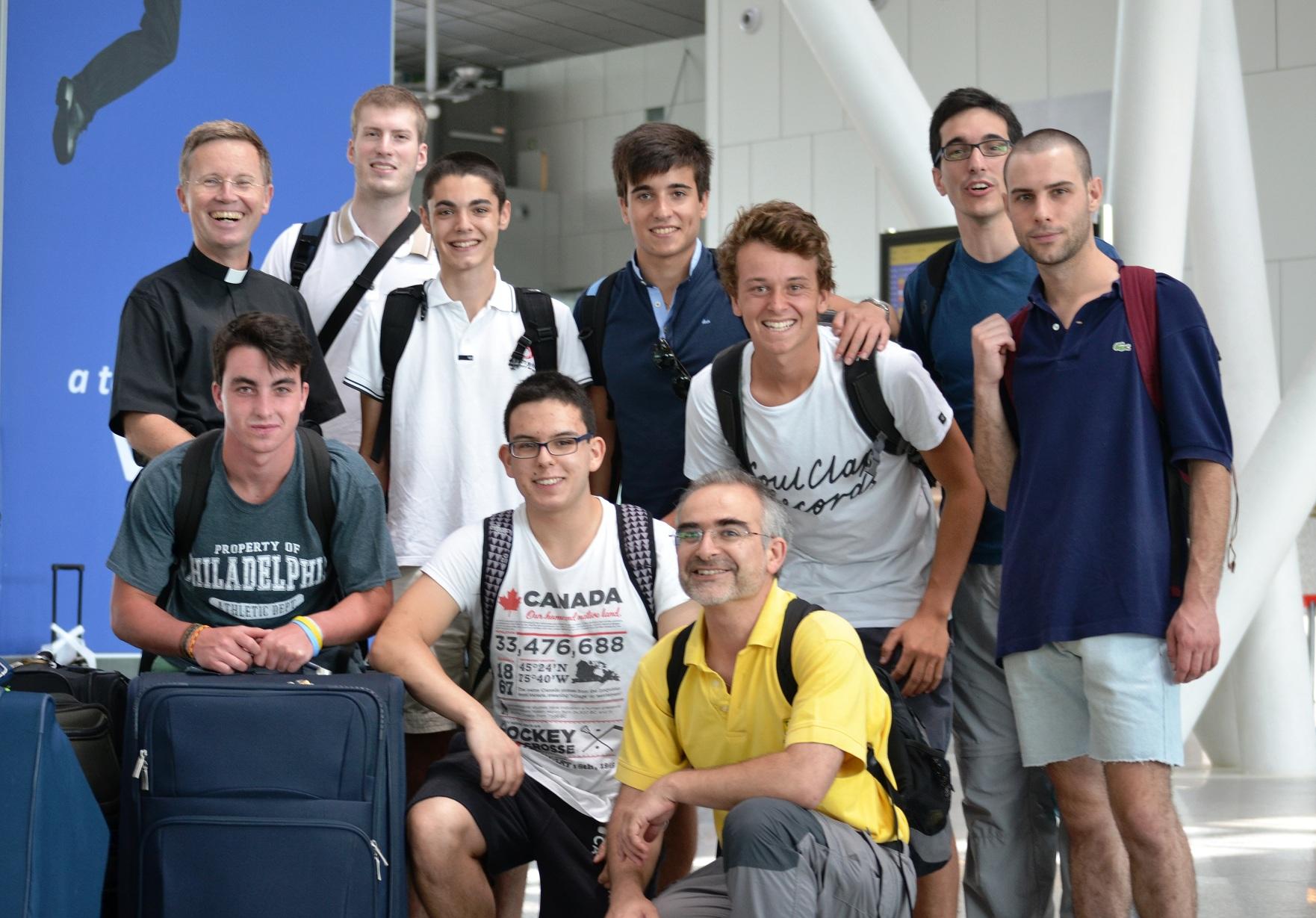 Jóvenes gallegos viajan a Uganda para participar en una iniciativa de cooperación al desarrollo
